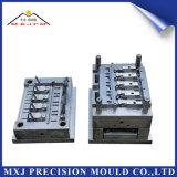 Moulage par injection en plastique personnalisé de composante électronique de précision