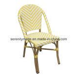 ハンドメイドのスタッキングのArmlessフランスの藤のビストロの屋外の食事の椅子