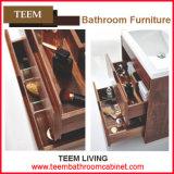 Используемые гостиницой современные самомоднейшие зеркала тщеты ванной комнаты типа