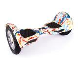 Скейтборд самоката баланса собственной личности колес батареи лития 2 стоящий