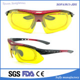 Os esportes dos homens novos da forma polarizaram óculos de sol com frames óticos