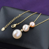 3つの魅力の真珠の吊り下げ式の人工的な宝石類のビーズのネックレス