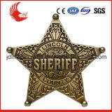 Изготовленный на заказ выбитый значок шерифа логоса покрынный золотом оптовый
