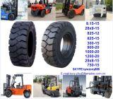 Hochwertige Klasseen-fester Gabelstapler-Reifen 10.00-20 11.00-20 12.00-20 lange Arbeitsstunden