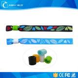 Usar extensamente Wristbands novos relativos à promoção da tela do projeto para eventos