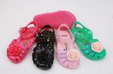 甘い女の子PVC Pcuゼリーのサンダルのスリッパの靴
