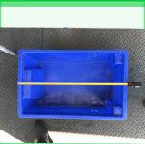 Una cassa accatastata plastica dei 177 Reversible con i fori laterali