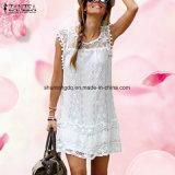 Frauen-beiläufige Sleeveless Strand-Kurzschluss-Kleid-Troddel-festes weißes Minispitze-Kleid Vestidos des Sommer-Kleid-2017 reizvolle