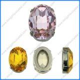 대량 점 뒤 타원형 모양은 모조 다이아몬드 결정에 꿰맨다