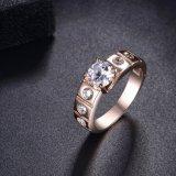 De bruids Trouwring van de Overeenkomst van het Kristal van de Vrouwen van Juwelen Gouden