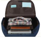 有名なデザインによって着色されるナイロンハンドバッグのラップトップ袋のバックパック(FRT4-38)