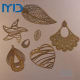 Étoile boucles en filigrane dans le creux des dessins et modèles de la mode