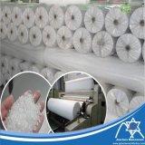 En PP blanc tissu non tissé Spunbond l'agriculture dans le roulis