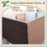 Dedo marrón madera contrachapada conjunta con papel de la película fenólica