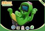 Малыш восьминога освобождал машину видеоигры для парка атракционов