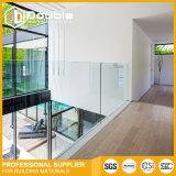 Rete fissa di vetro del raggruppamento dell'inferriata di Frameless per il balcone e le scale