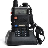 Hot vendre un talkie-walkie Baofeng UV-5r double bande VHF/UHF Vox Tot 5W Radio à deux voies portable