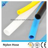 Divers boyau de nylon de couleur et de tailles