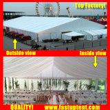 Tenda del partito con il Pagoda sul lato per cerimonia di cerimonia nuziale dei partiti
