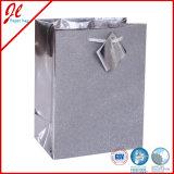 De zilveren Gift van het Hologram van de Zakken van het Document van de Kwaliteit Glister doet de Zakken van de Gift van de Folie met het Hangen van Markering in zakken