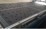 Holzbearbeitung-Ausschnitt u. bohrender CNC-Fräser