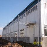 Disposizione prefabbricata delle costruzioni del gruppo di lavoro di montaggio della struttura d'acciaio
