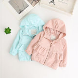 Longues couche et vers le bas jupe de chemises au printemps pour des bébés