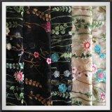 方法網の刺繍のレースの服のためのナイロン網の刺繍のレース