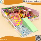 De Spelen van de binnen Zachte Kinderen van het Kasteel van de Apparatuur van de Speelplaats Ongehoorzame