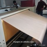 Papieren zakdoekje op de Roterende Machine van de Pers van de Hitte van de Rol Calander/