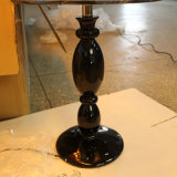 Lâmpada de mesa de cama de resina preta polida para projeto de hotel