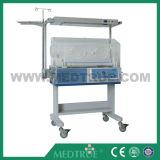 CE/ISO de goedgekeurde Incubator Van uitstekende kwaliteit van de Baby van de Zuigeling van de Verkoop Medische (MT02007001)