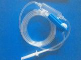 Медицинское стерильное вливание установило для клинического
