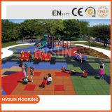 Pavimentazione di gomma di gomma di campo giochi dei capretti delle stuoie del pavimento di asilo all'ingrosso di sicurezza