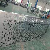 꽃 패턴 디자인에 의하여 새겨지는 알루미늄 위원회 관통되는 알루미늄 위원회