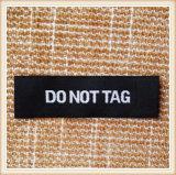 Etiqueta tecida personalizada para a roupa e os sacos