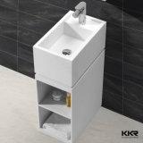 白い人工的な石造りの軸受けの浴室の洗面器、支えがない流し