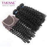 100%の4X4閉鎖が付いている加工されていない人間の毛髪のマレーシアの巻き毛の束