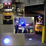 Синий светодиодный индикатор мигает во время движения огней безопасности месте точка света
