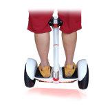 新しいデザイン携帯用36V 700W電気リチウム電池の自己のバランスのスクーター