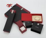 Dissipare un cassetto con l'insieme del contenitore di monili del documento di stile del coperchio