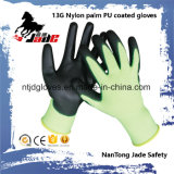 13Gポリエステルまたはナイロンやし黒PUの上塗を施してある手袋