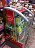 Abrir o refrigerador para o supermercado