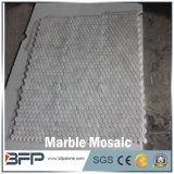Mosaico di marmo bianco di pietra di figura rotonda della natura per le mattonelle della stanza da bagno