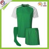 最もよい販売法の習慣OEM中国の工場緑のThailのサッカーのユニフォームセット