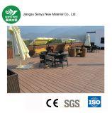 Im Freien hölzerner PlastikzusammensetzungWPC Decking für zusammengesetzten Bodenbelag
