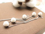 Collar de la joyería de la manera con la perla natural y la piedra de la CZ