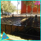 Réservoir d'eau souterrain de Bdf avec deux panneaux différents de couches