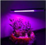 As plantas de escurecimento do diodo emissor de luz da venda três quentes crescem a luz
