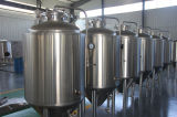 機械、新しいビール醸造装置を作る500Lホテルの生ビール
